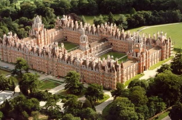 皇家霍罗威大学